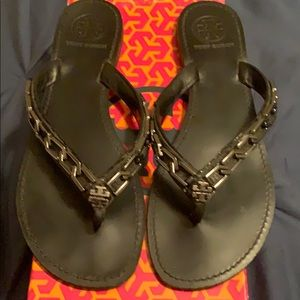 Tory Burch Leather Thongs in Black & Silver